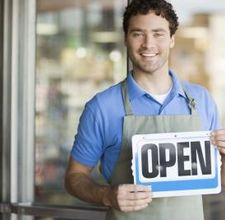Top 3 Tips on Finding a Retail Job